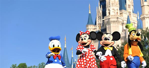Mickie and Minnie and Donald and Goofy